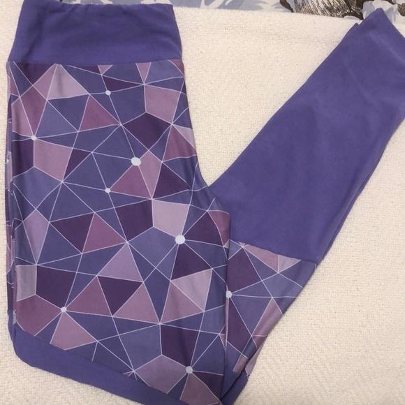 disney purple wall leggings